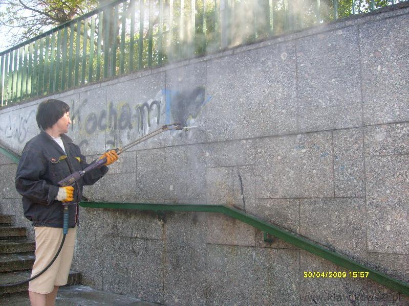 Usuwanie graffiti - 9 - 10