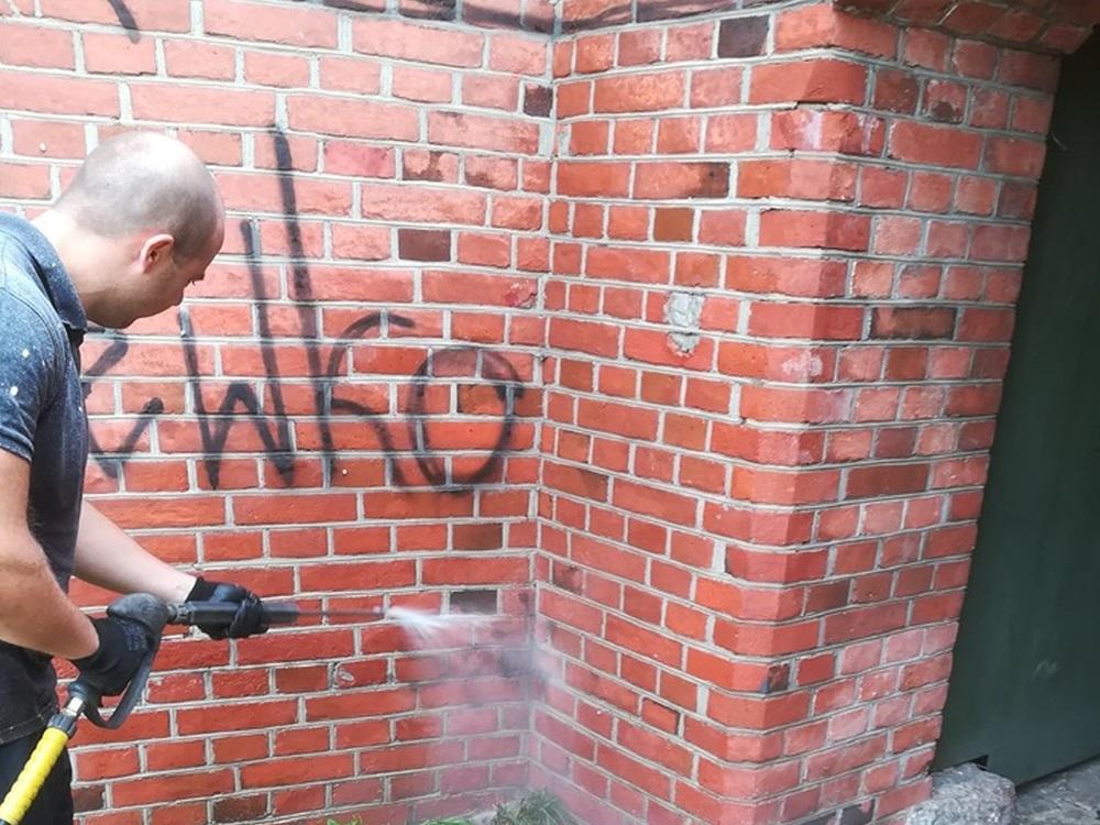 usuwanie-graffiti-zakladka-1